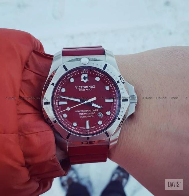 Victorinox Swiss Army 241736 I N O X Professional Diver Watch