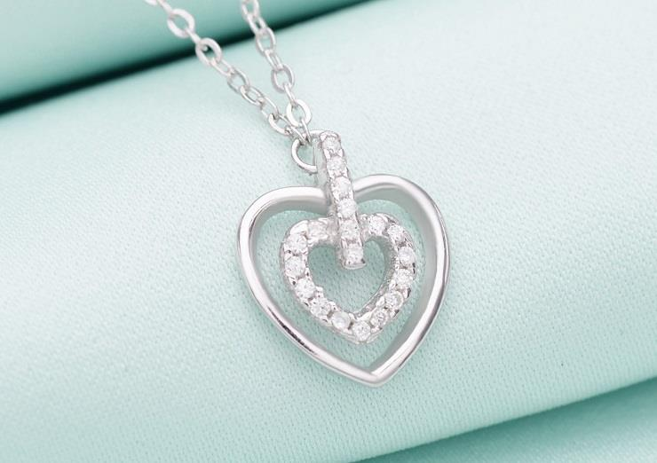 Vivere Rosse Heartfelt 925 Sterling Silver Pendant Necklace