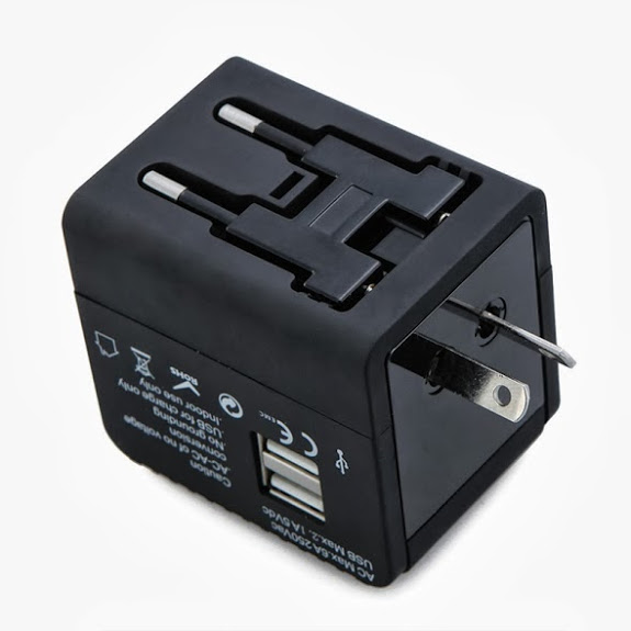 VZTEC UNIVERSAL TRAVEL ADAPTER WITH 2-PORT USB 2.1A (VZ1762)
