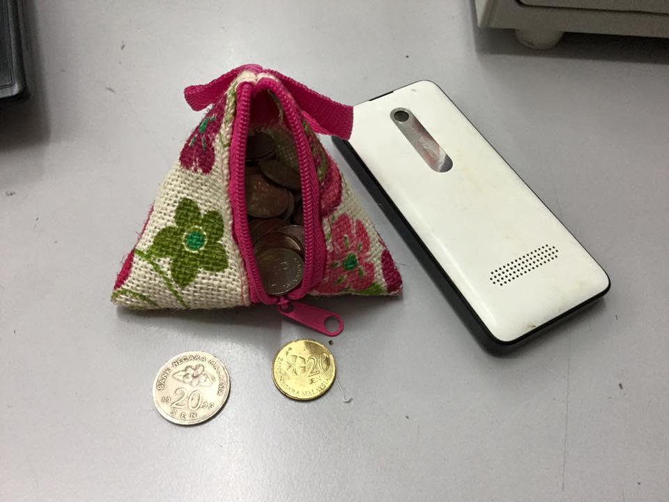 Wedding Gift Triangle Bag Mix Colou End 1192018 1215 Pm
