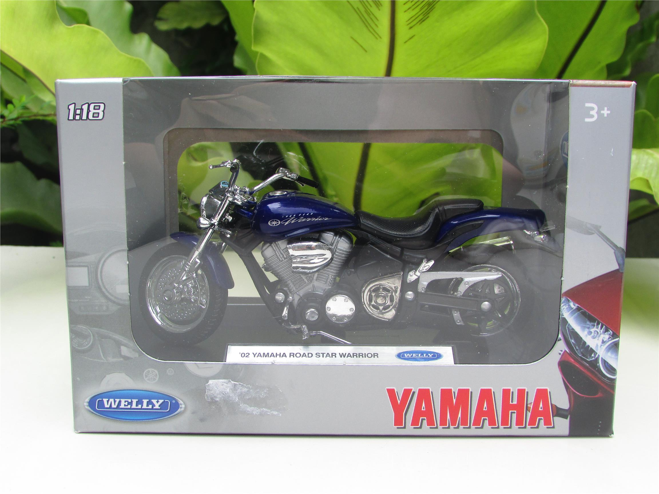 Welly 1/18 Die cast Motorcycle Yamaha Road Star Warrior 2002 (Blue)