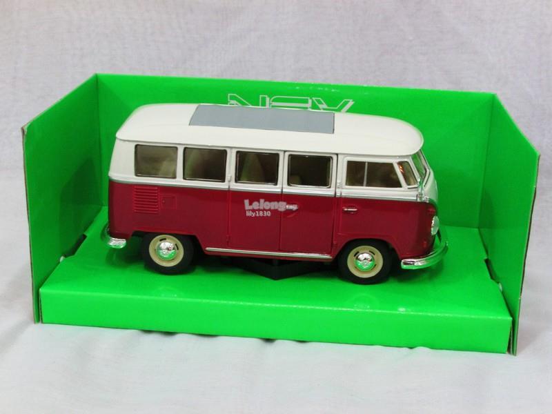 Welly 1/24 Diecast Car Volkswagen VW T1 Kombi Bus 1963 (RED) Combi