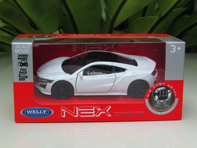 Welly (11cm) Diecast Model Car 2015 Honda Acura NSX White Sport Car