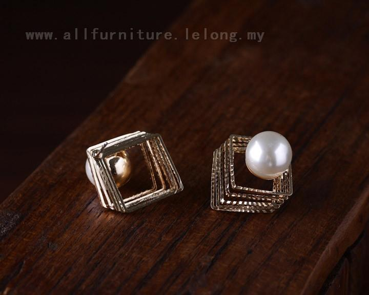 YN-7532	 female pearl simple square earrings  珍珠魔..