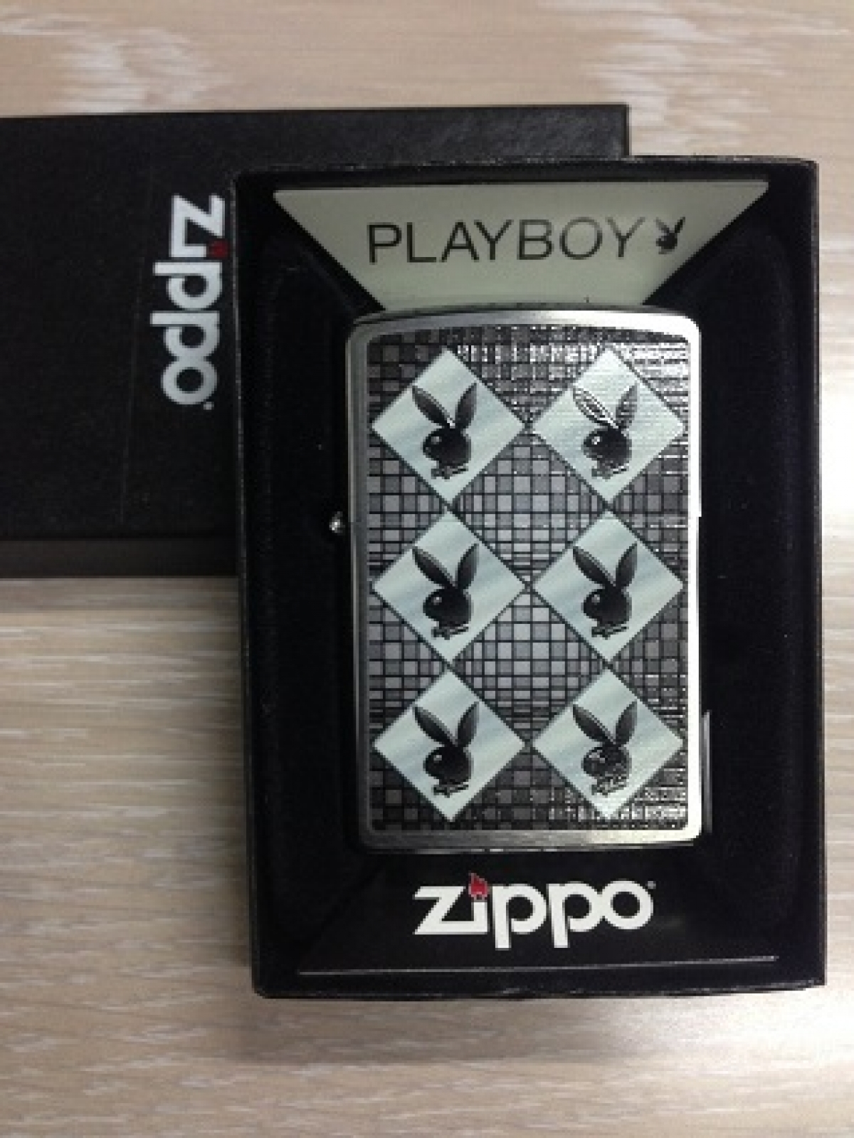 Zippo Pocket Lighter 200 Playboy Abstract
