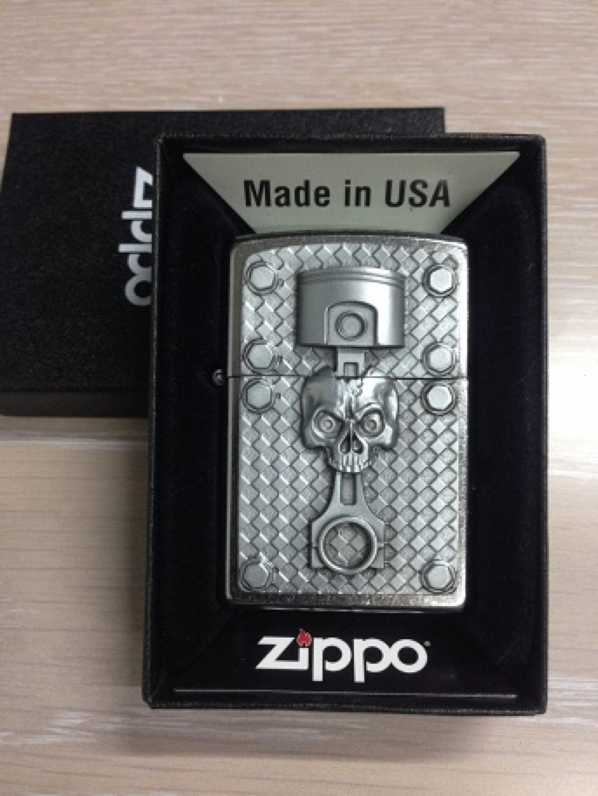 Zippo Pocket Lighter Piston Skull
