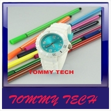 Nice Watch 13 Colors Fashion Jelly Silicone Watch