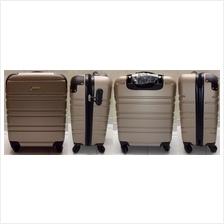 9fcb3e31552 20' Valentino Creation Trolley Lugga (end 3/23/2020 7:15 PM)