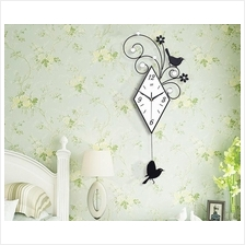 Wall Clock With Automatic Swing Bird