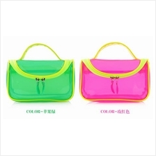 Transparent Make-Up / Toiletry Bag (2 Colours Available)