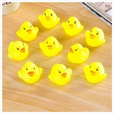 10Pcs Baby Kids Bath Toy Swimming Duck Family