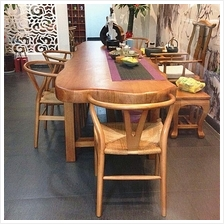 528846809175 Pinewood table and chairs set