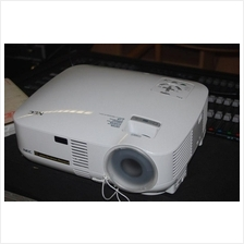 NEC VT-48 3LCD Projector (95% NEW ,4000 HOUR)