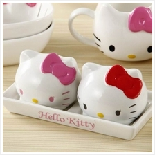 Hello Kitty Condiment Shaker Set Spice Salt Pepper Sugar Seasoning Flavouring