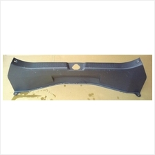 Suzuki Swift 05 Rear Panel Center Trim