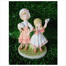 PORCELAIN HAND PAINTED DECORATION STATUE ANIMALS GIFT SS037