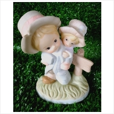 PORCELAIN HAND PAINTED DECORATION STATUE ANIMALS GIFT SS051