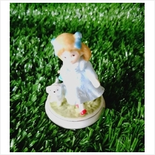 PORCELAIN HAND PAINTED DECORATION STATUE ANIMALS GIFT SS057