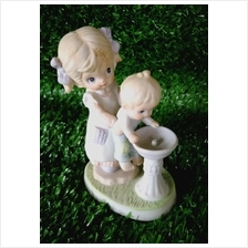 PORCELAIN HAND PAINTED DECORATION STATUE ANIMALS GIFT SS060