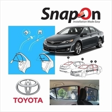 Groovy Toyota SEDAN SNAP-ON 4.0 (MAGNET) Car Sunshades