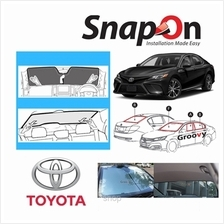Groovy Toyota SEDAN SNAP-ON Car Sunshades - R Row