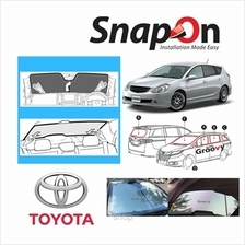 Groovy Toyota Wagon SNAP-ON Car Sunshades - R Row