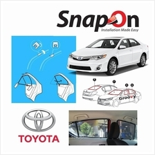 Groovy Toyota Sedan SNAP-ON 2.0 (MAGNET) Car Sunshades