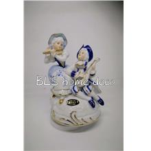 PORCELAIN HAND PAINTED DECORATION STATUE ANIMALS GIFT SS127