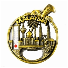 Malaysia Twin Tower KLCC Souvenir Metal Fridge Magnet With Bottle Cap