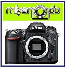 NEW Nikon D7100 Body + 8GB + Bag