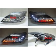 Ford Focus '09 Projector Head Lamp with LED Signal [Black Housing]