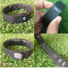 **incendeo** - fitbit Charge Fitness Wireless Activity Wristband