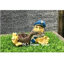 POLYRESIN PIRATE SHAPE ASHTRAY HOME DECORATION