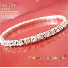 Imitate-Diamond Bracelet 14037