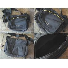 **Incendeo** - Nikon Camera Carrying Case
