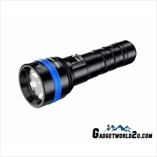 Xtar D06 1600 CREE XHP35 D4 Diving LED Flashlight Set