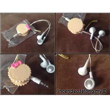 **incendeo** - Cookies Retractable Cable Stereo Earphones