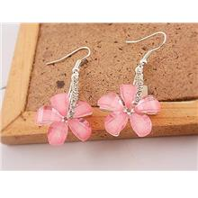 04570 Silver Slipped To Row Drilling Five Leaves And Flowers Earrings