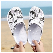 Men's Summer Hole Slippers Slip Wear Sandals Casual Beach Shoes