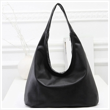Hobo Type Black Casual Handbag BG075