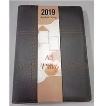 Year 2019 Daily Planner Diary A5