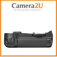 Battery Grip for Nikon D7100 D7200 Digital DSLR Camera MB-D15