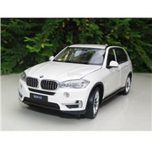 Welly 1/24 Diecast BMW X5 (White)