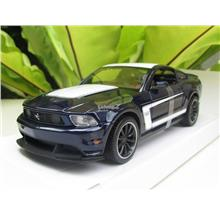 Maisto 1/24 Special Edition Ford Mustang Boss 302 (Blue)