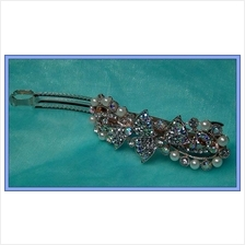 Lovely Double Ribbons With Crystal And Pearl Hairclip