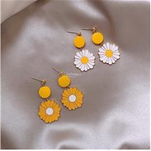Floral Yellow White Flower Pendant Earrings Accessories Gift