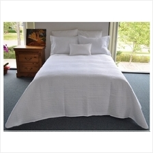 [From USA]Natural Comfort Luxury Lines Microfiber Quilt Coverlet White Full BP