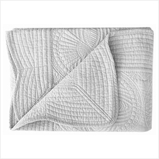 [From USA]Lullaby Baby Toddler Blankets All Weather Lightweight Embossed Quilt