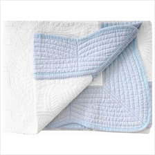 [From USA]Lullaby Toddler Blankets Lightweight Embossed Baby Quilt White Blue