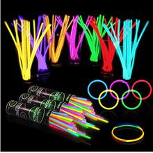 300 Glow Sticks Bulk Party Supplies - Glow in The Dark Fun Party Pack with 8 &